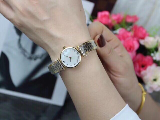 WC08110 Women's Watches Top Brand Runway Luxury European Design Quartz Wristwatches цена и фото