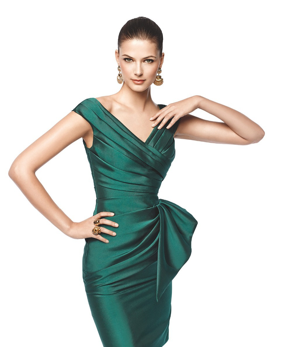 Latest Designs Ruched Satin V Neck Cap Sleeve Emerald Green Cocktail
