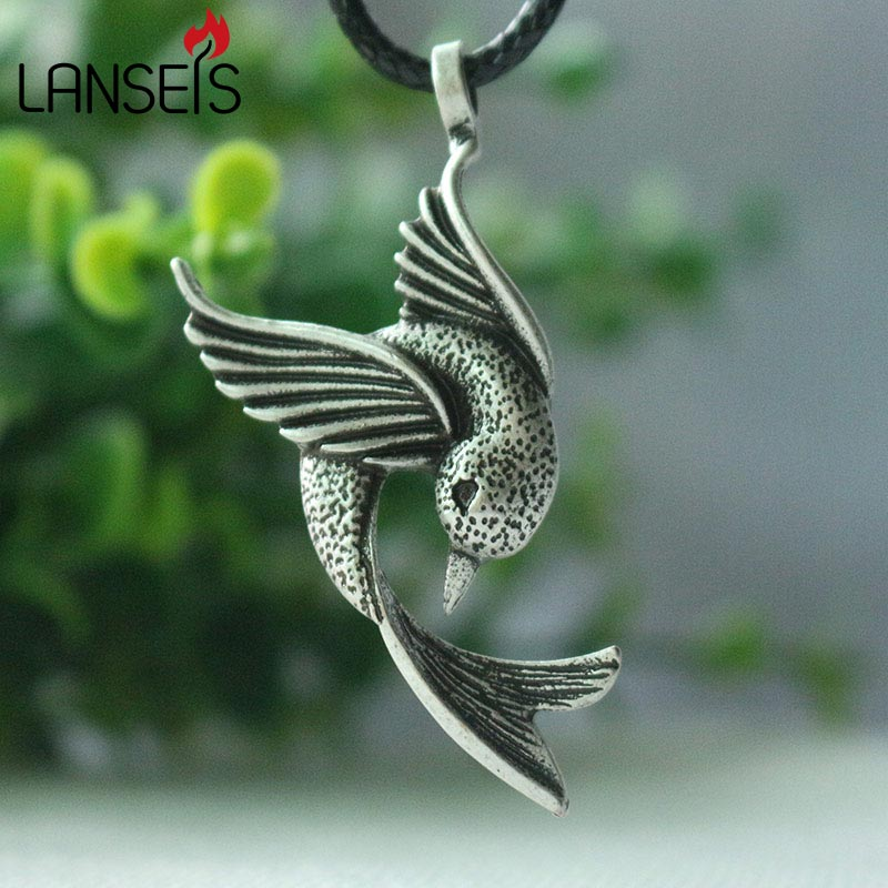 lanseis 1pcs cute Hummingbird Pendant Jewelry, animal Jewelry Bird Lover women necklace