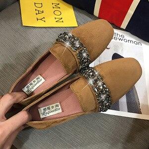 Image 5 - 女性ソフト底の正方形のつま先モカシン女性クリスタルローファー韓国スタイルビッグサイズ妊婦靴女性の快適駆動靴