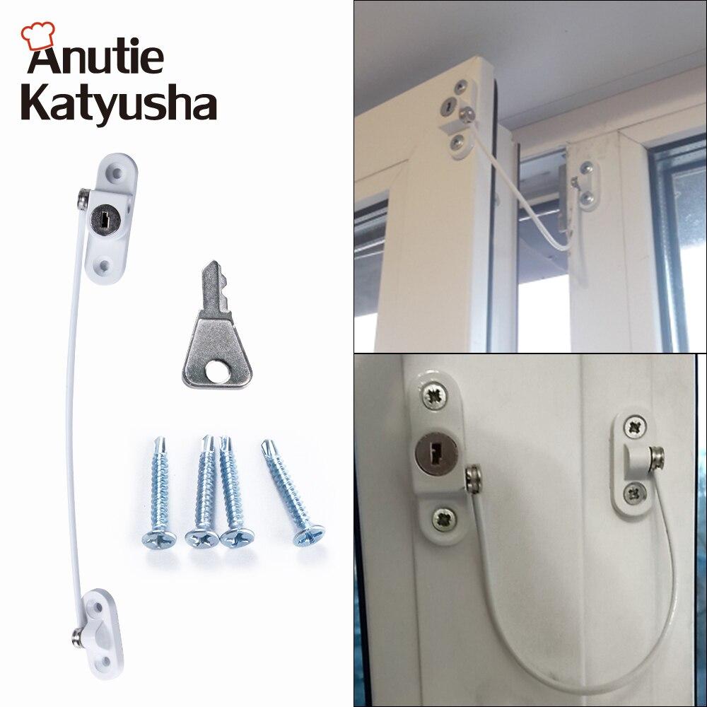 https://locksmithpros.co.uk/locksmith-near-me/