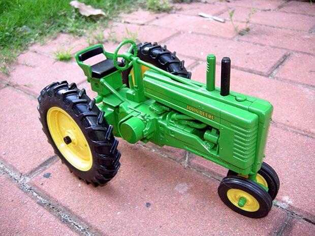 DEERE MODEL B tractors classical alloy car model gift US ERTL 1:16 Specials цена
