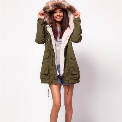 New 2015 Women Fur Hooded Slim Waist Wadded Parkas Fashion Winter Coat Jacket Women Thicken Cotton Padded Overcoat H5553 2017 new winter women warm hooded thicken slim wadded jacket woman parkas female ladies wadded overcoat long cotton coat cxm31