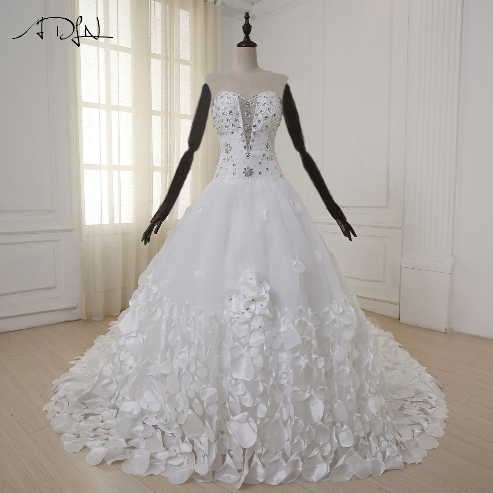 ADLN Luxury Wedding Dress with Hand Made Flower Petals Sweetheart Beads Crystal 1.5 m Royal Train Tulle Wedding Gowns