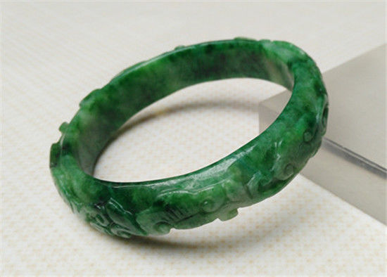 free shipping AA Vintage Chinese Hand-carved Natural GREEN Jadeite Bangle Bracelet 58MM a free shipping ddh006 light green natural a jadeite beads necklace lavender