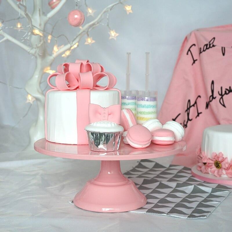 Европа на высоком металлическом стопы карамельный торт стенды розовый торт Таблица пропо ...