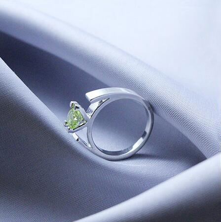 Size 6-10 Once Upon a Time Ring The Snow Whites Minimalist Silver Plated Green Crystals  ...