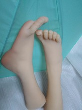 Transport of the drop free new toy of sex, foot fetish toys for man, young girl lifelike female feet, feet prod
