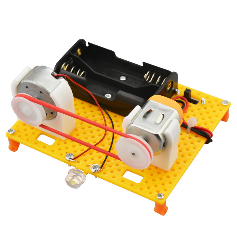 DIY Wooden Assembly Hand-operated Generator Model Toy Scientific Handmade Toy