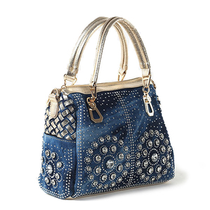 Image 2 - Ipinee カジュアルレディーストートバッグデザイナークリスタルダイヤモンド女性メッセンジャーバッグ有名なブランドの高級ハンドバッグの女性のバッグ