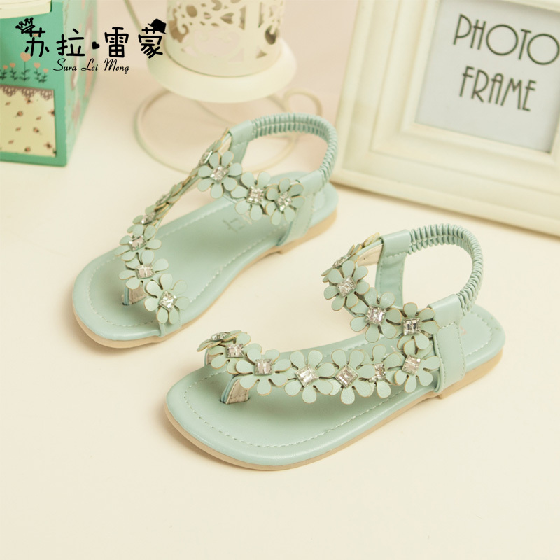 2015 New Model Girls Shoes Sweet Girls Sandals With Flowers Korean