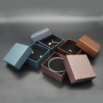 High End Jewelry Box Necklace Pendant Gift Packaging Boxes Gift 7.5*7.5*3.5cm Wedding Display Ring Box ZA5712