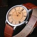 KEZZI Negocio Amantes Pareja de Pulsera Correa de Cuero Relojes Números Romanos Hombres Movimiento de Cuarzo Reloj de Las Mujeres Del Reloj de Regalo