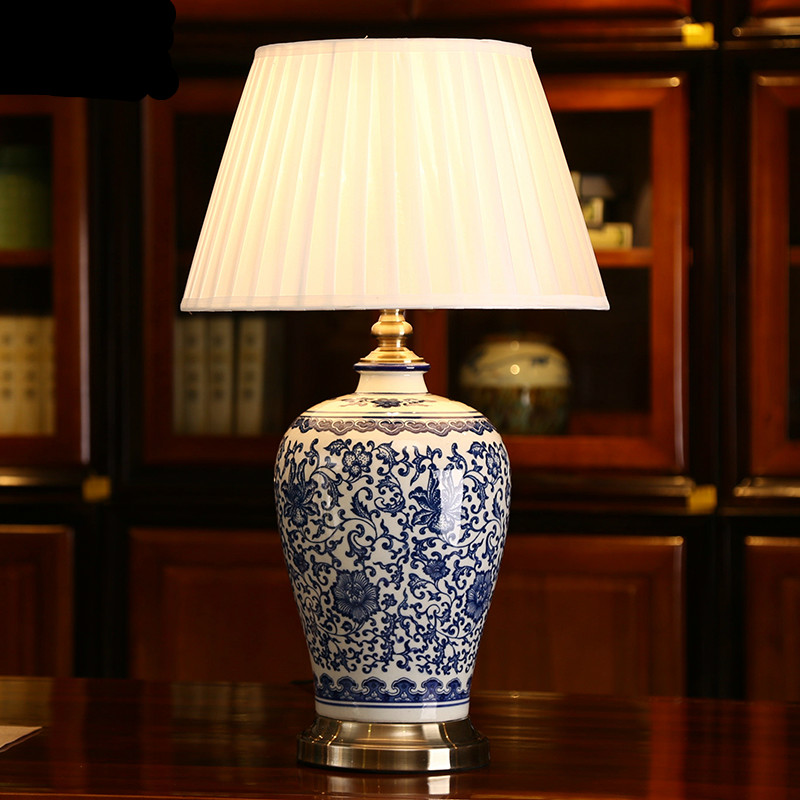 High End Handmade Elegant Chinese Blue And White Ceramic