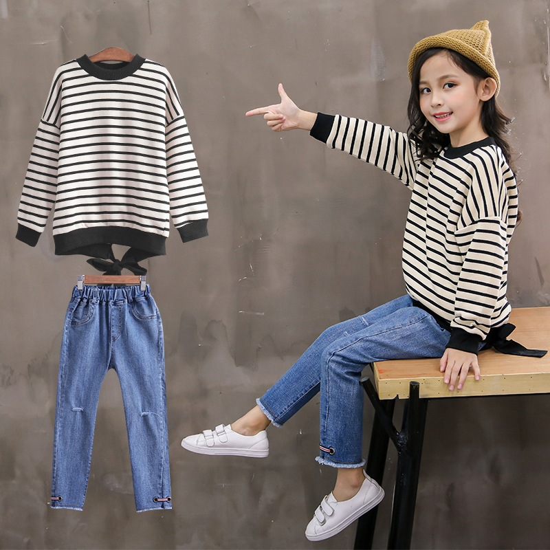2018 Autumn New Youngsters's Clothes Ladies Go well with Large Youngsters Striped Lengthy-Sleeved Denim Pants Two-Piece Style