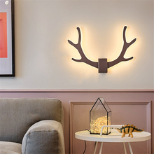 Nordic LED Antlers Wall Lamp Novelty Modern Home Decor Lighting Bedroom Bedside Wall Sconce Fixture Corridor  Modern Wall Light modern nordic round full moon led wall lamp bedside light child bedroom living room sconce light fixture wall decor art white