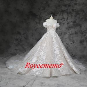 Image 2 - 새로운 럭셔리 레이스 디자인 웨딩 드레스 어깨 짧은 소매 웨딩 드레스 공장 사용자 정의 만든 도매 가격 신부 드레스
