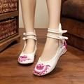 Новый Китайский узел Ретро Женская Обувь Вышивка Цветок Квартиры Мода Урожай Цветочные Случайные Одиночные Танцевальная Обувь Zapatos