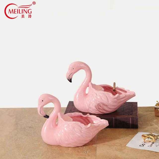 Nordic Ceramic Pink Flamingo Ashtray Cigarette Smoking Accessories Gift Ideas Home Room Storage Organizer Decoration Vanity Tray