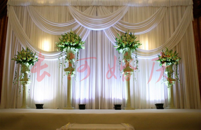 Luxury White Wedding Backdrop With Beatiful Swag Drape And Curtain Decoration