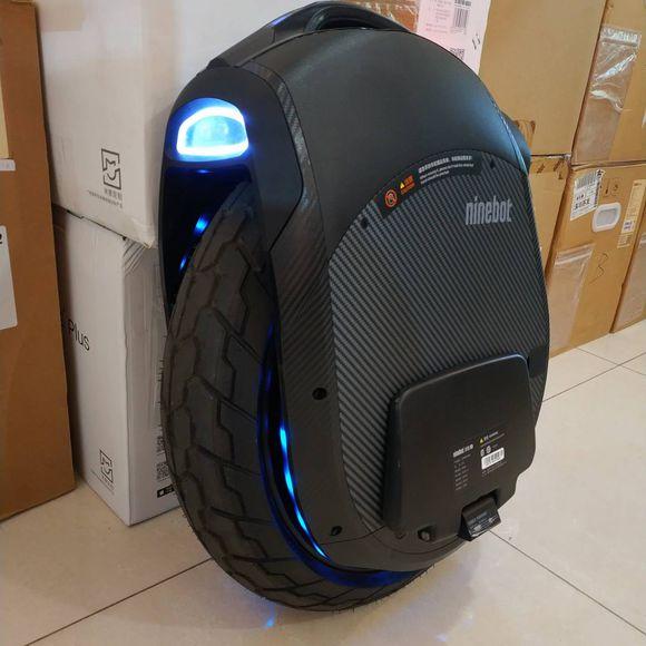 2018 I Più Nuovi Ninebot Un Z10 monociclo Elettrico motor1800W, 1000WH, velocità massima 45 km/h, singola ruota di equilibrio di auto Off-road APP comunità