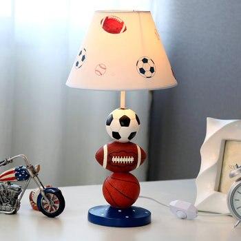 Детские баскетбольные настольные футбол лампы для гостиной Светодиодная лампа для кровати прикроватный свет настольные лампы для спальни ...