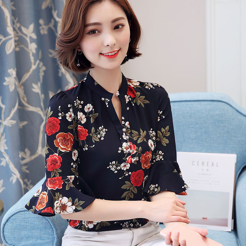 2018 Autumn Floral Chiffon Blouse Women Tops Flare Sleeve Shirt Women Ladies Office Blouse Korean Fashion Blusas Chemise Femme