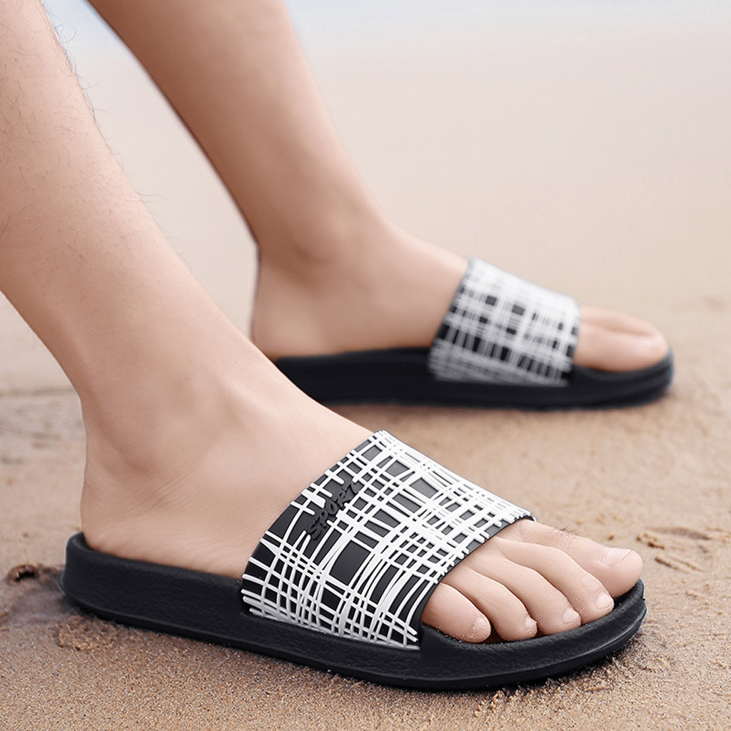 Men Slippers Casual Black And White Shoes Non-slip Slides Bathroom Summer Sandals Soft Sole Flip Flops Man Apr11
