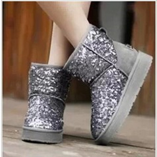 e8c2248bc5 US $33.06 |2013 Winter Hot Sale Ladies Girl Warm Snow Boots Paillette  Cotton padded Shoes for Adult Glitter Ankle Boots Free Shipping-in Snow  Boots ...