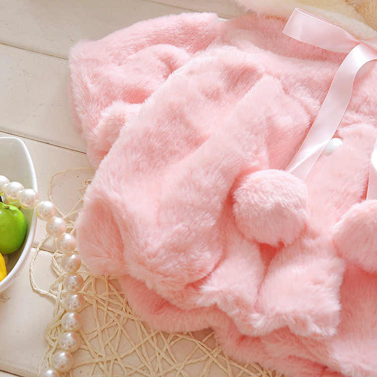 תינוקת מעיל יילוד חורף 2016 פרווה צווארון מעיל רך פו פרווה חמוד ארנב גלימת הלבשה עליונה גלימת כובע בנות חורף בגדים
