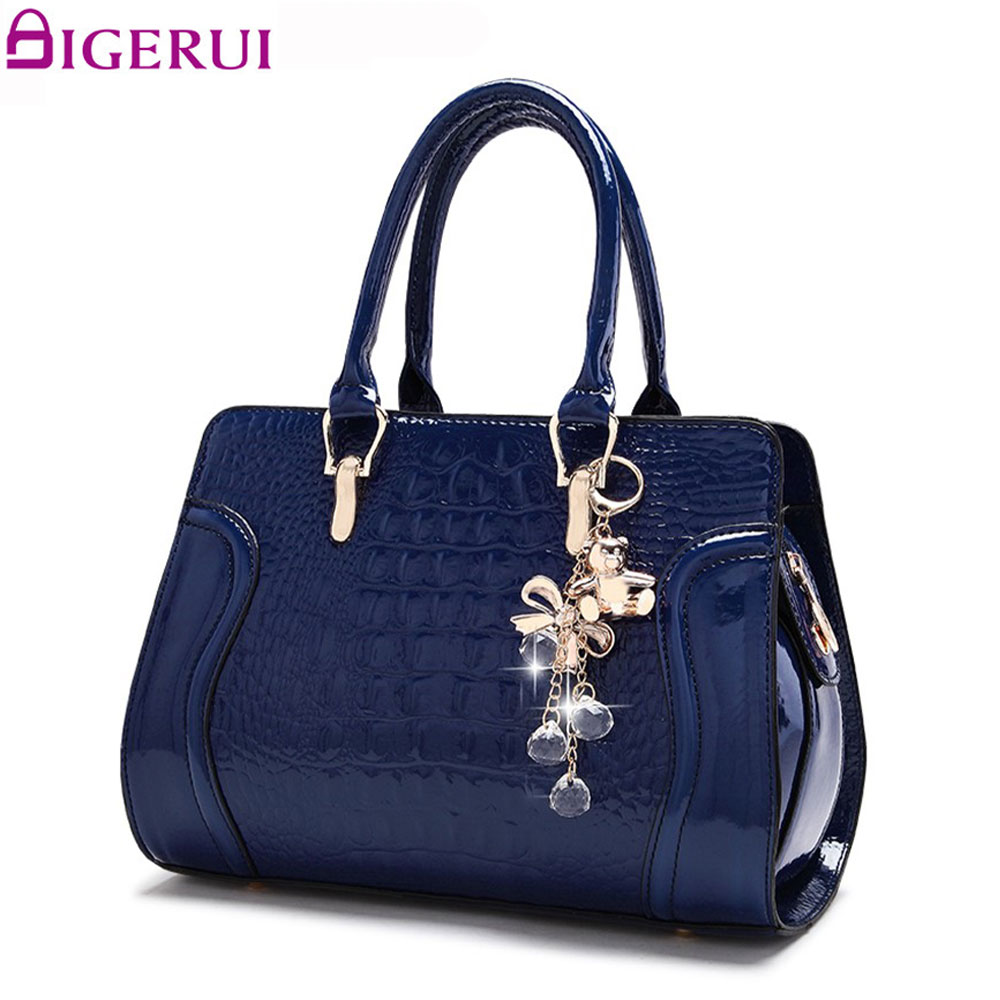 DIGERUI sac femmes brevet Alligator sacs à main pendentif Vintage femmes sac à bandoulière dames décontracté sacs à bandoulière A4109