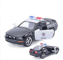 High simulation Swat cop car model, 1: 36 alloy pull back to the Ford Mustang, 2 open the door toy vehicle, free shipping(China)