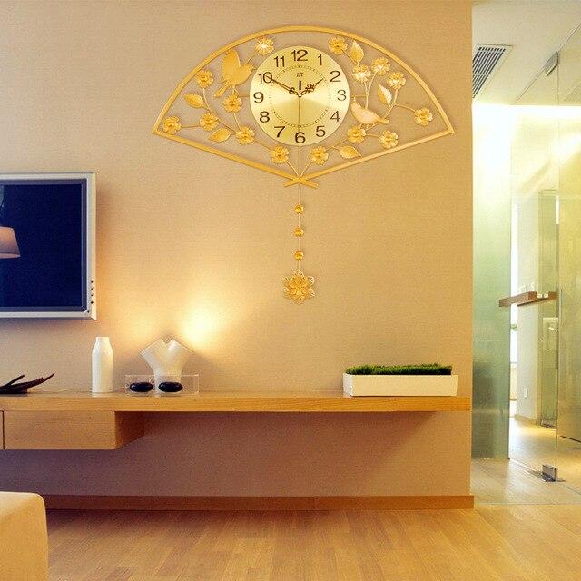 Chinoiserie Luxus Glanzende Goldene Fan Wanduhr Kreative Wohnzimmer