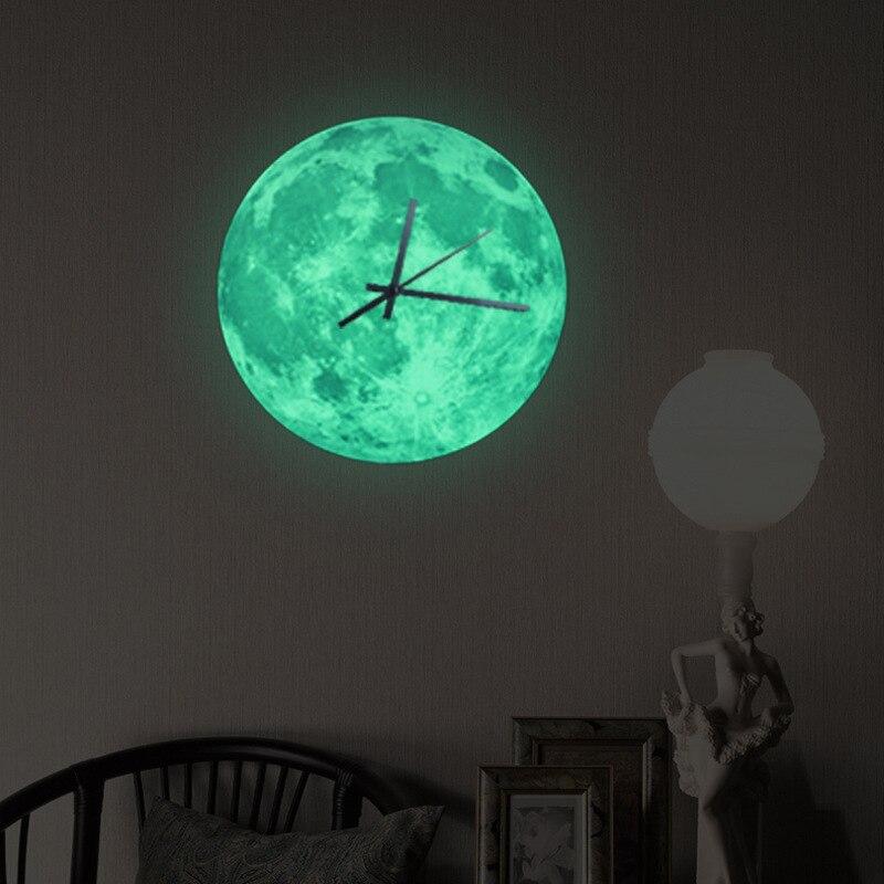 Creative Clocks Luminous Moon Round Clock Kitchen Study Bedroom Wall Clock Modern Design Silent Decorative Quartz Clock