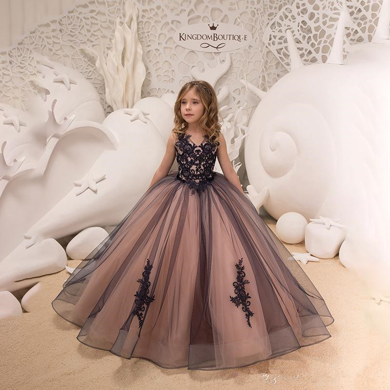 2019 V Neck Lace   Flower     Girl     Dresses   Vintage Tulle Applique Floor Length Gilrs ' Pageant Party   Dresses   With Buttons