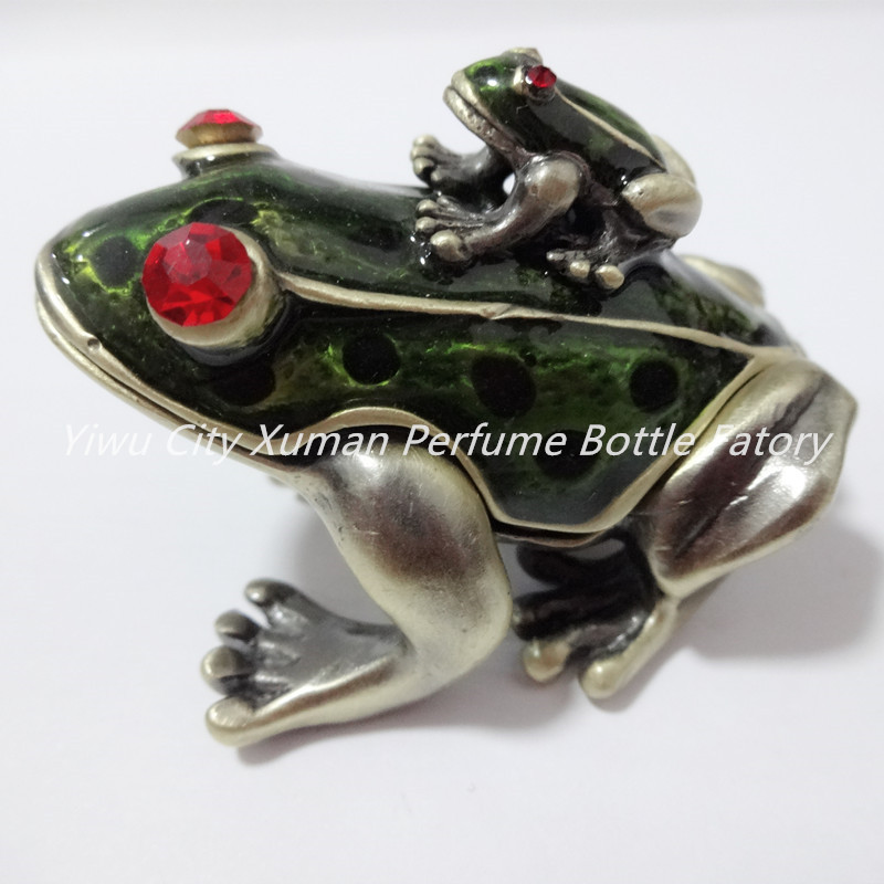 Metal Frog Jeweled Jewelry Trinket Box home decor pewter ornament wild animal enameled keepsake box vintage collectible gift