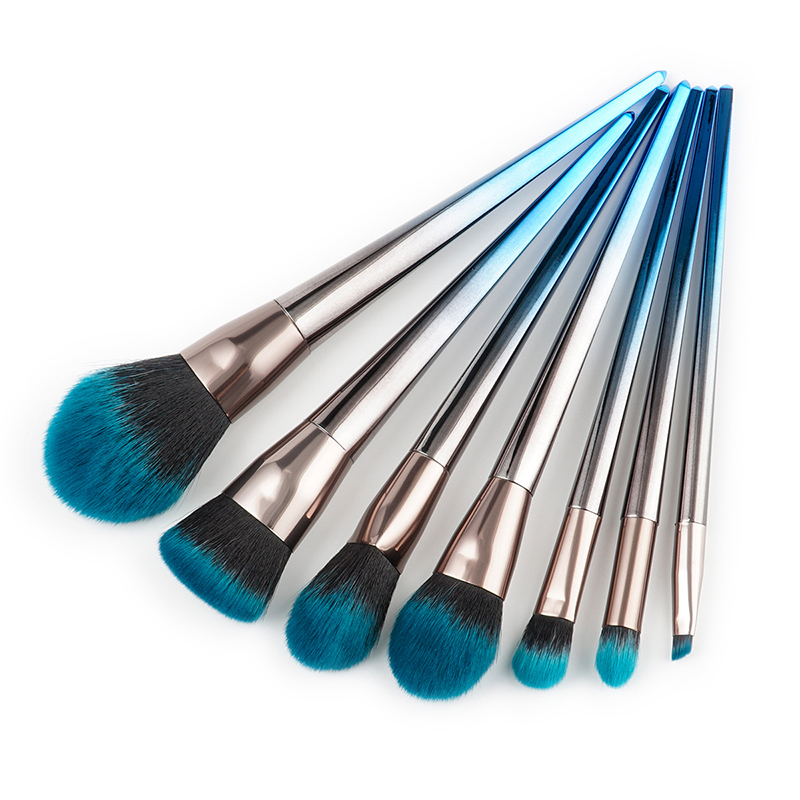 4pcs/7pcs Blueberry Diamond Makeup Brushes Set Flame Brush Eye Shadow Foundation Cosmetic Powder Blending Make Up brush Tool kit shadow of the flame