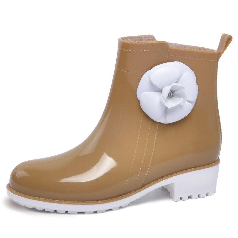 ФОТО Ladies Camellia Waterproof Rain Boots Rubber Candy Colors Pvc Women Ankle Rainboots Flowers Platform Shoes Woman Low Heels Shoes