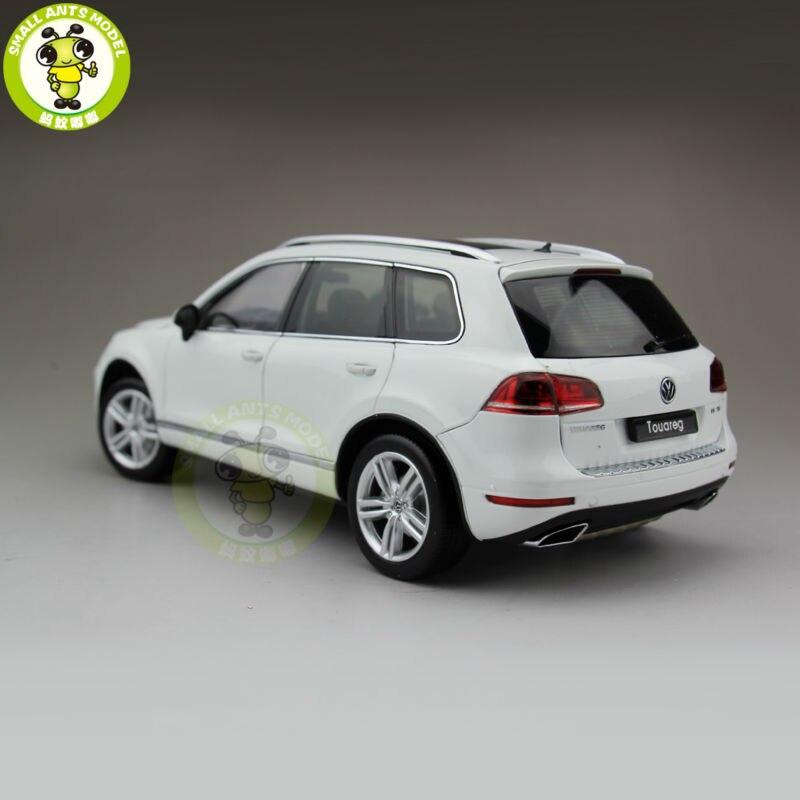 1:18 welly 11005 W Touareg moulé sous pression modèle voiture Suv jouets pour enfants cadeau Collection blanc-in Jouets véhicules from Jeux et loisirs    2