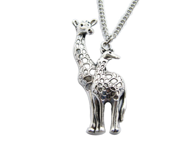 necklace giraffe pinterest necklaces pin from zales