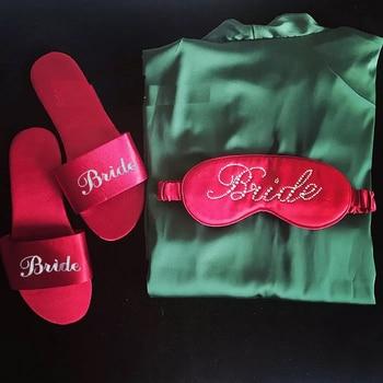 Free Shipping 5pcs lot Red Green Black Custom logo Satin Wedding Bride robes Slippers Personalized Bridesmaid gift