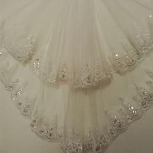 Curto barato 1.5 metros longo laço apliques tule elegante duas camadas véu de noiva casamento longo véu com pente