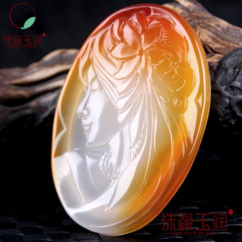 Buy pendant send pendant chain Pure manual sculpture qiao girl pendant charm men and women of color design chalcedony gifts qiao fox qiao fox dm