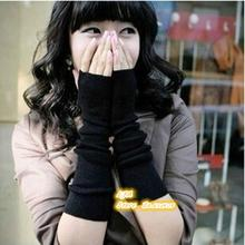 Korean Fashion Warm Gloves And A Half Finger Revealed Hip-hop Wristlet In Autumn And Winter!#