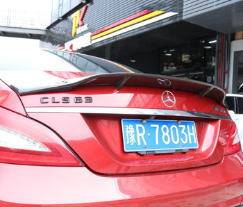 JINGHANG 炭素繊維車のリアリップのためのベンツ CLS W218 C218 CLS 280 CLS300 CLS350 CLS500 CLS550 2012-2018
