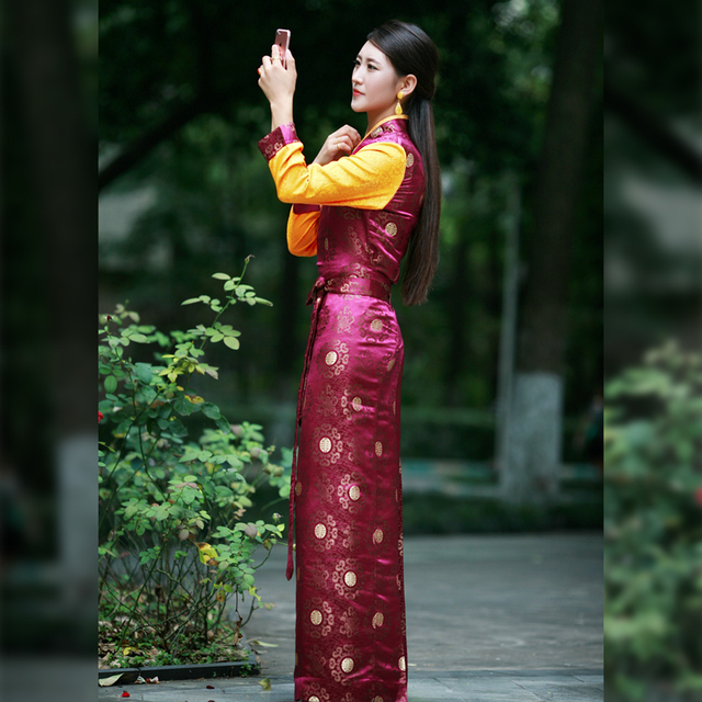 Chinese Minority Folk Tibetan Clothing Dance Wear Costume Traditional Life clothes Robe in Tibet