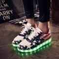 De gran tamaño 35-44 mujeres led zapatos de marca 2016 nuevos hombres zapatos casuales planas de bajo precio con ata para arriba el zapato de goma superstar