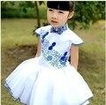 Новое поступление лето мода синий и белый фарфор дизайн девушки платье без рукавов для детской одежды детки чонсам платье