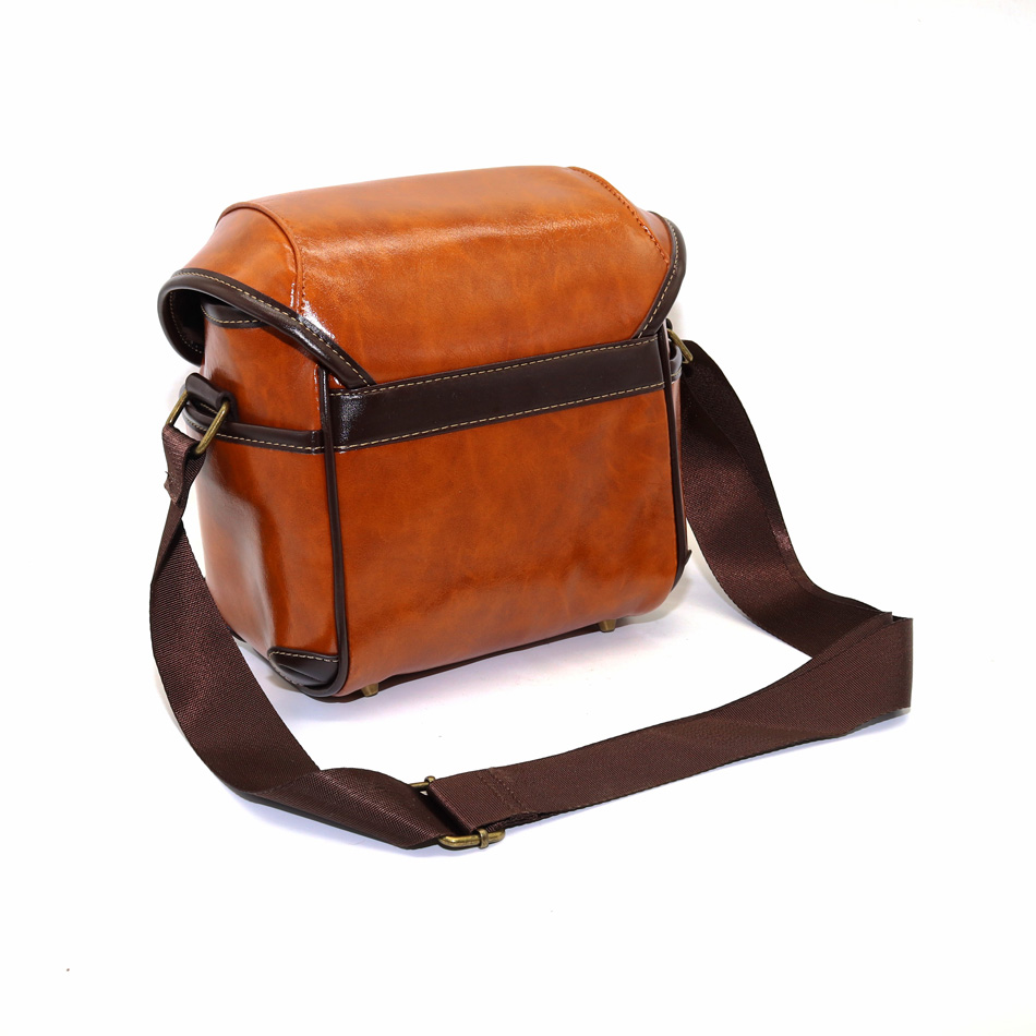 7190ffea74ba Retro Leather Camera Case Shoulder Bag for Fujifilm X100F X100T X100S X100  X70 X30 X20 X10 X PRO 2 1 X A2 X A1 X M1 XA2 XA1 XM1-in Camera Video Bags  from ...