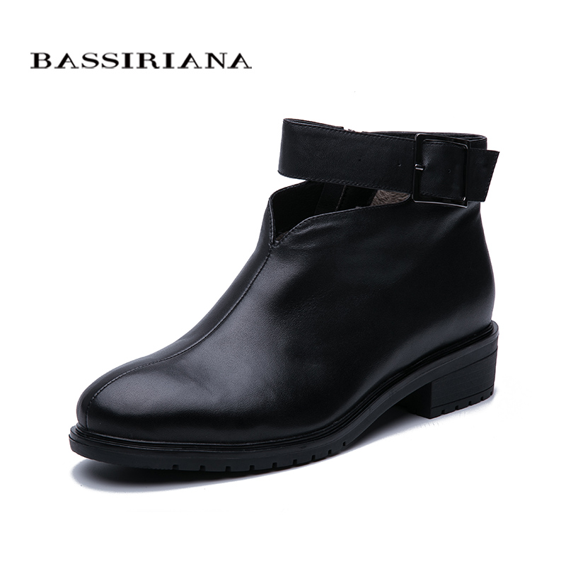 BASSIRIANA/2019 Autumn And Winter Fashion Ankle Boots Women's Leather Plush Boots Women Large Size Free Shipping